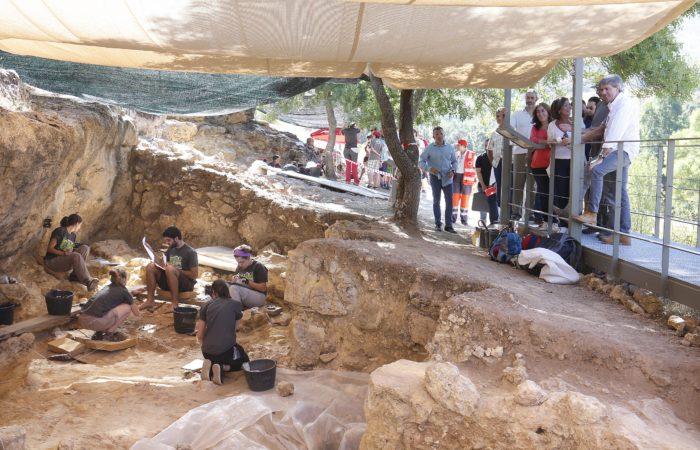 Nuevas visitas guiadas en el Valle de los Neandertales